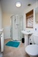 25276 Twyford - Bathroom 3.jpg